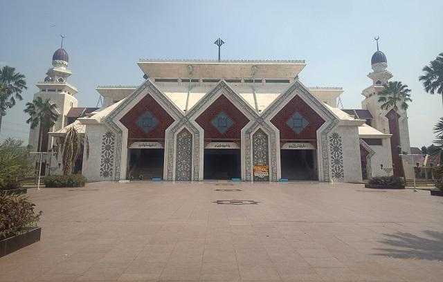 Masjid Agung At-Tin, Kota Jakarta Timur