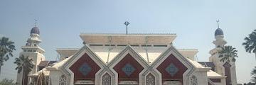 Masjid Agung At-Tin, Mengenang jasa-jasa Ibu Tien