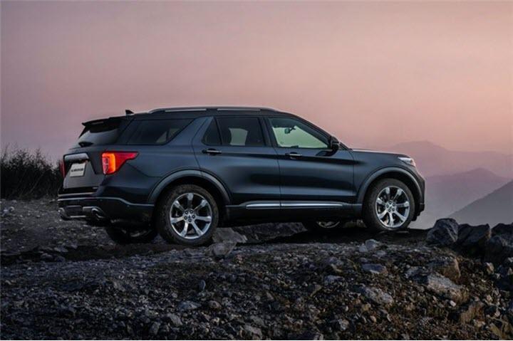Chi tiết Ford Explorer Platinum 2020 vừa ra mắt, giá hơn 600 triệu