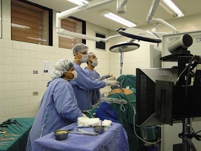 Akang Putra Hubungan Antara Dukungan Keluarga Dengan Tingkat Kecemasan Pasien Sebelum Operasi