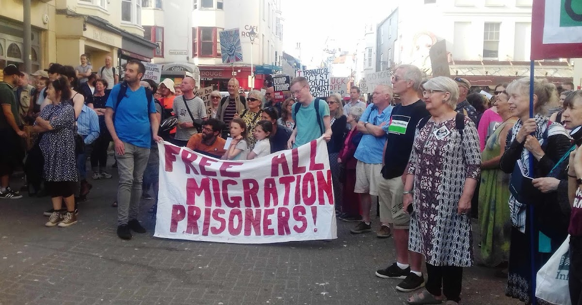Tony Greenstein Blog: Tony Greenstein's Blog: Brighton Anti-Trump Demonstration