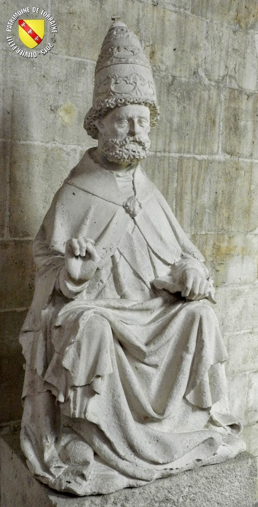 PULLIGNY (54) - Statue de Saint-Pierre (XVIe)