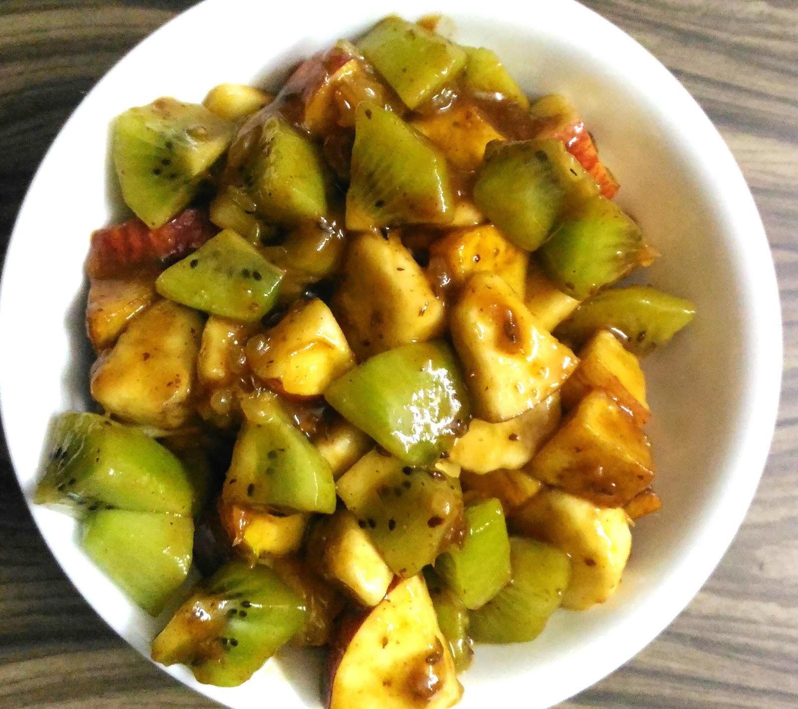 Saviruchisavita : Delhi Fruit Chaat