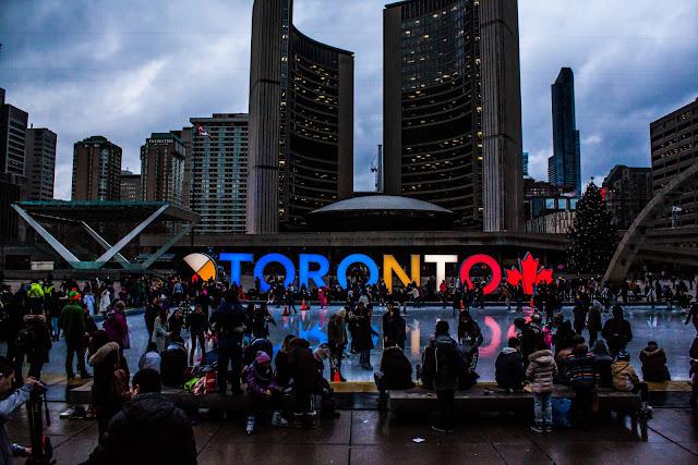 Comienza tu viaje a Canadá en casa