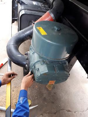 Lắp đặt máy thổi cám lên xe bồn chở cám