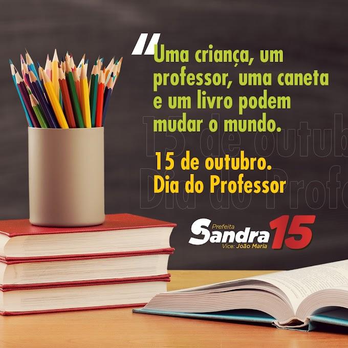 Mensagem da prefeita de Fernando Pedroza (RN) Sandra Jaqueline, ao dia do professor