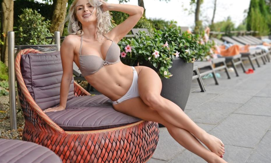 ErikaK Model GlamourCams