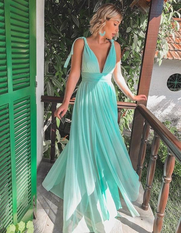 vestido de festa verde água para madrinha de casamento na praia