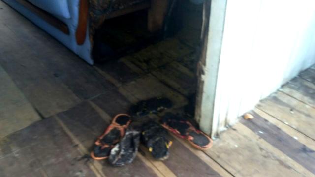Mulher tem casa incendiada e quer mudar de endereço: 'estou com medo'