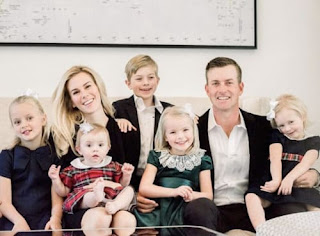 Webb Simpson With His Wife Taylor Dowd Simpson And Their Five Kids