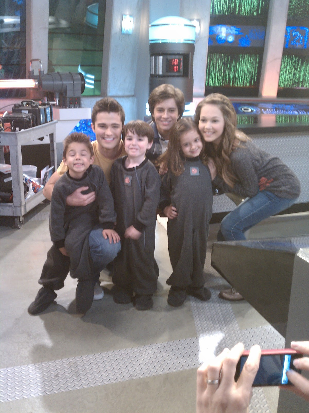 are bree and chase from lab rats caught dating