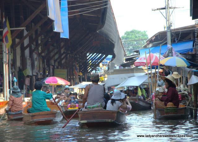 Damnoen Saduak Floating Market boat jam