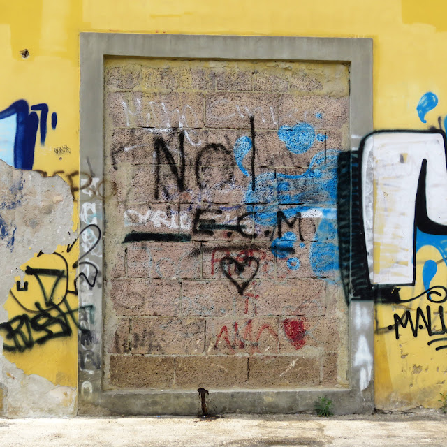 Walled door and graffiti, Scali della Fortezza Nuova, Livorno