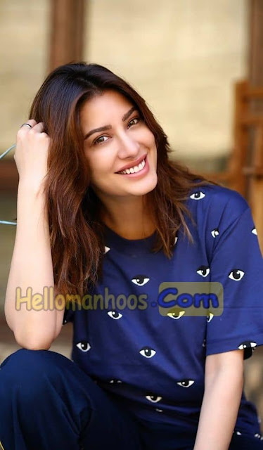 Mehwish Hayat Wiki, Age, Family, Husband, Boyfriend, Wedding, Biography