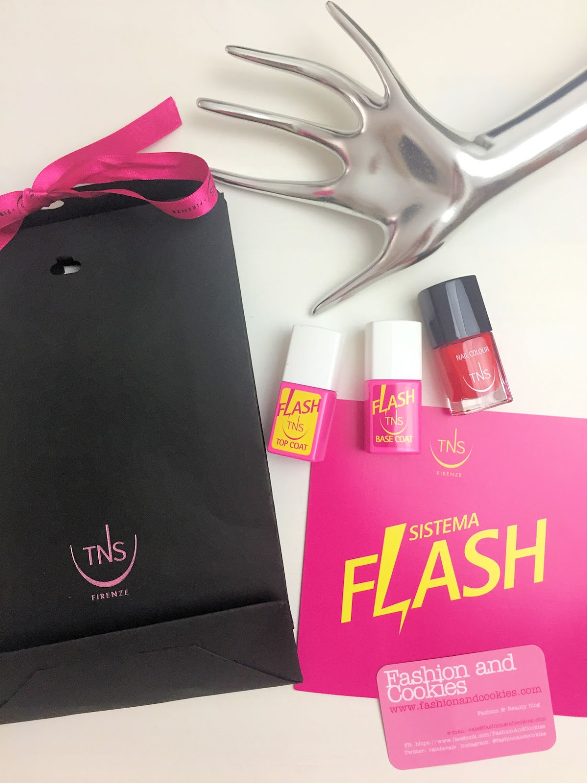 istema Flash TNS Cosmetics su Fashion and Cookies beauty blog