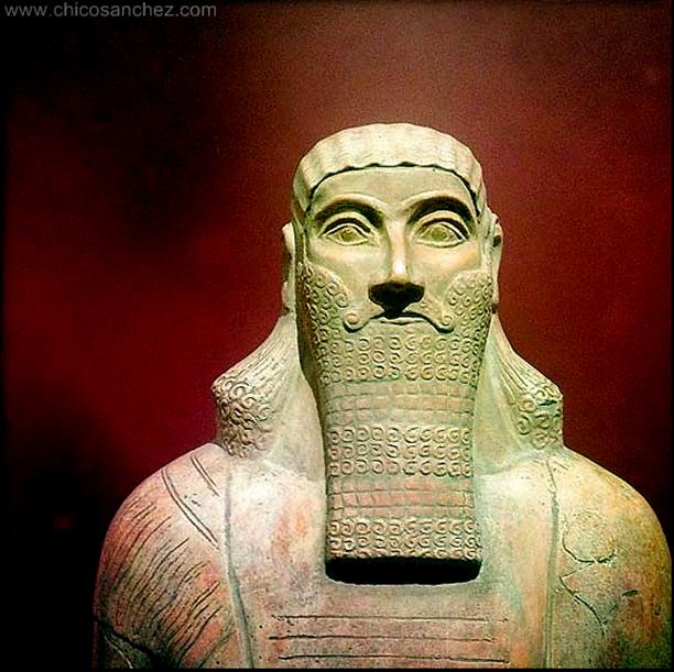 ¿Fue la mítica Atlántida una civilización mundial?¿Fue la antigua Babilonia la Atlántida?¿Fueron los mayas los atlantes?¿Porqué fueron destruidas las antiguas civilizaciones del mundo? En este video podrás ver como la arqueologia pareciera no dejar lugar a dudas: Hubo un pasado común entre la culturas ancestrales.