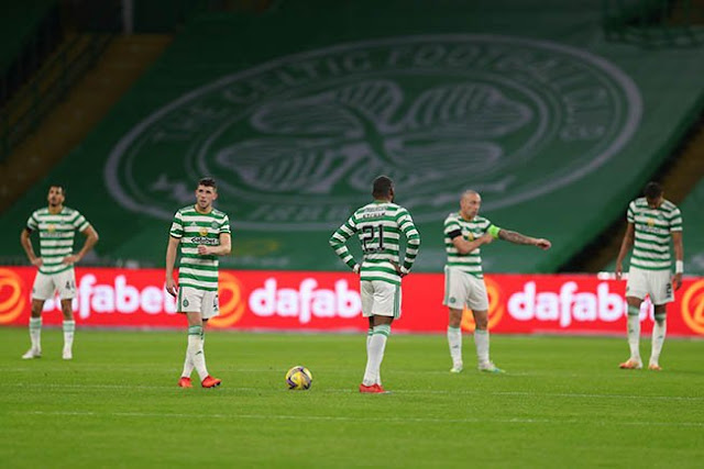 Former European champions Celtic will miss out on the UEFA Champions League group stage for the third successive season. Their misfortune came after a dispiriting 2-1 home defeat by Hungary's Ferencvaros in the second qualifying round of the 2020/2021 competition on Wednesday. Tokmac Nguen latched on to a hopeful long punt forward to score Ferencvaros's […]