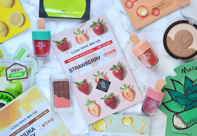 strawberry etude house therapy air mask flatlay