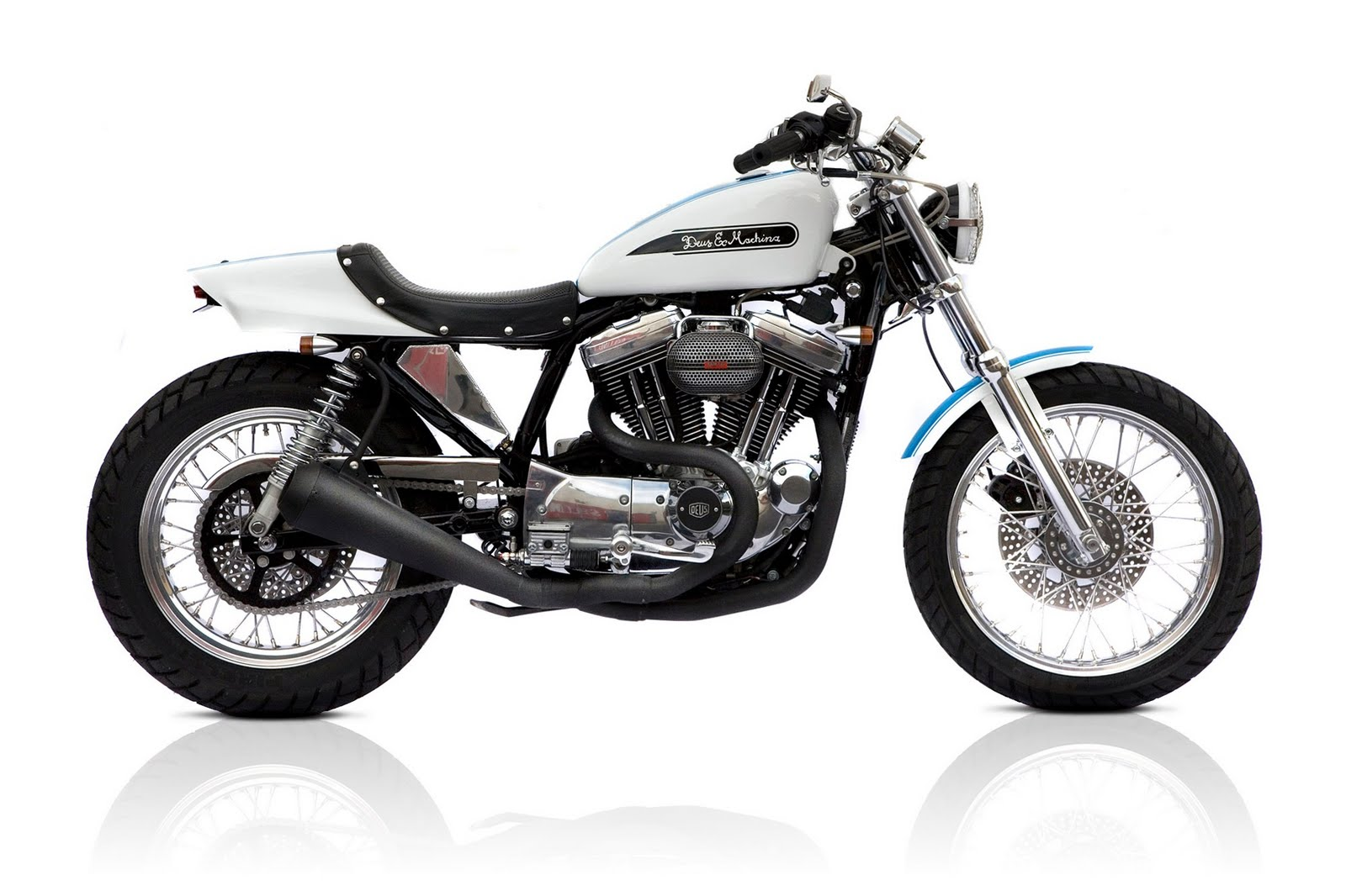 Racing Caf U00e8  Harley Street Tracker 1200 By Deus