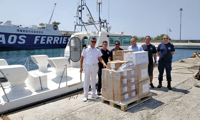 Υγειονομικό υλικό στο Λιμενικό Τμήμα Σαμοθράκης δώρισε η Pharmathen