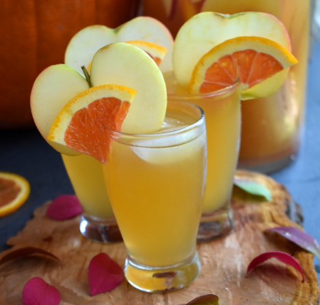Apple Cider Rum Punch #punch #apple #drink #cocktail #sangria