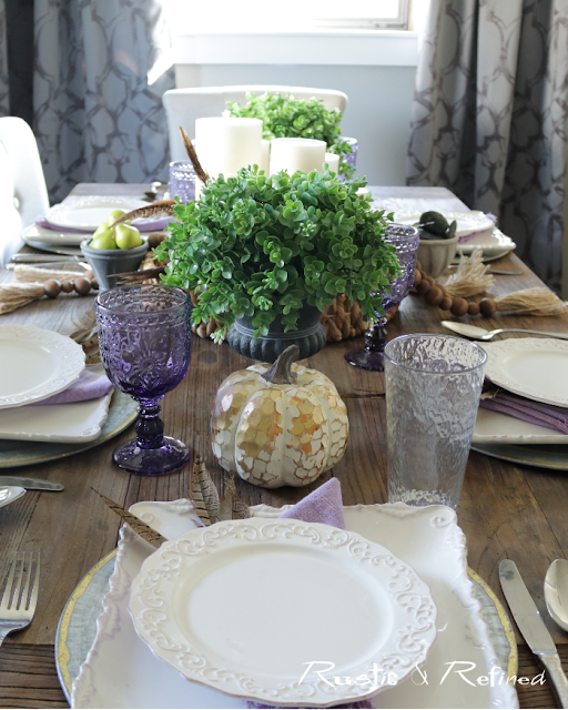Simple, elegant and easy Fall tablescape that is timeless