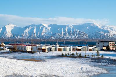 Dalvík: La capitale islandaise du ski et du snowboard
