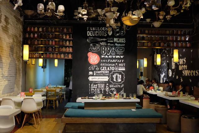 Cafe hits di bandung Sugarush