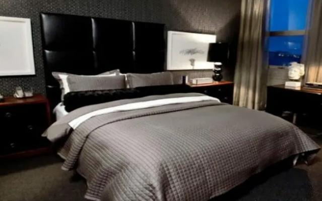 9. man's Gothic bedroom