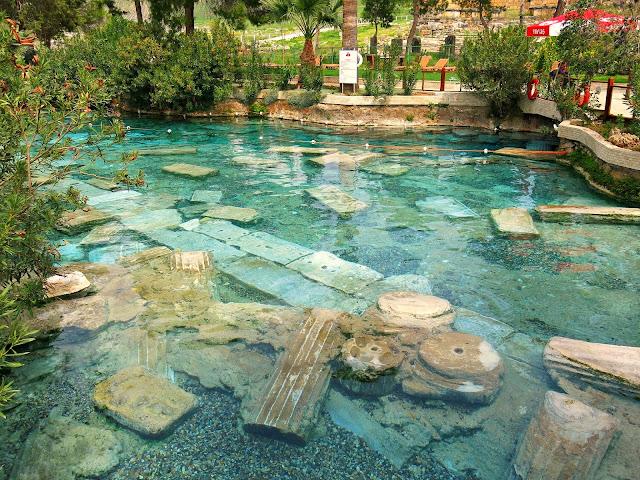 Kleopatras bad i Hierapolis Pamukkale
