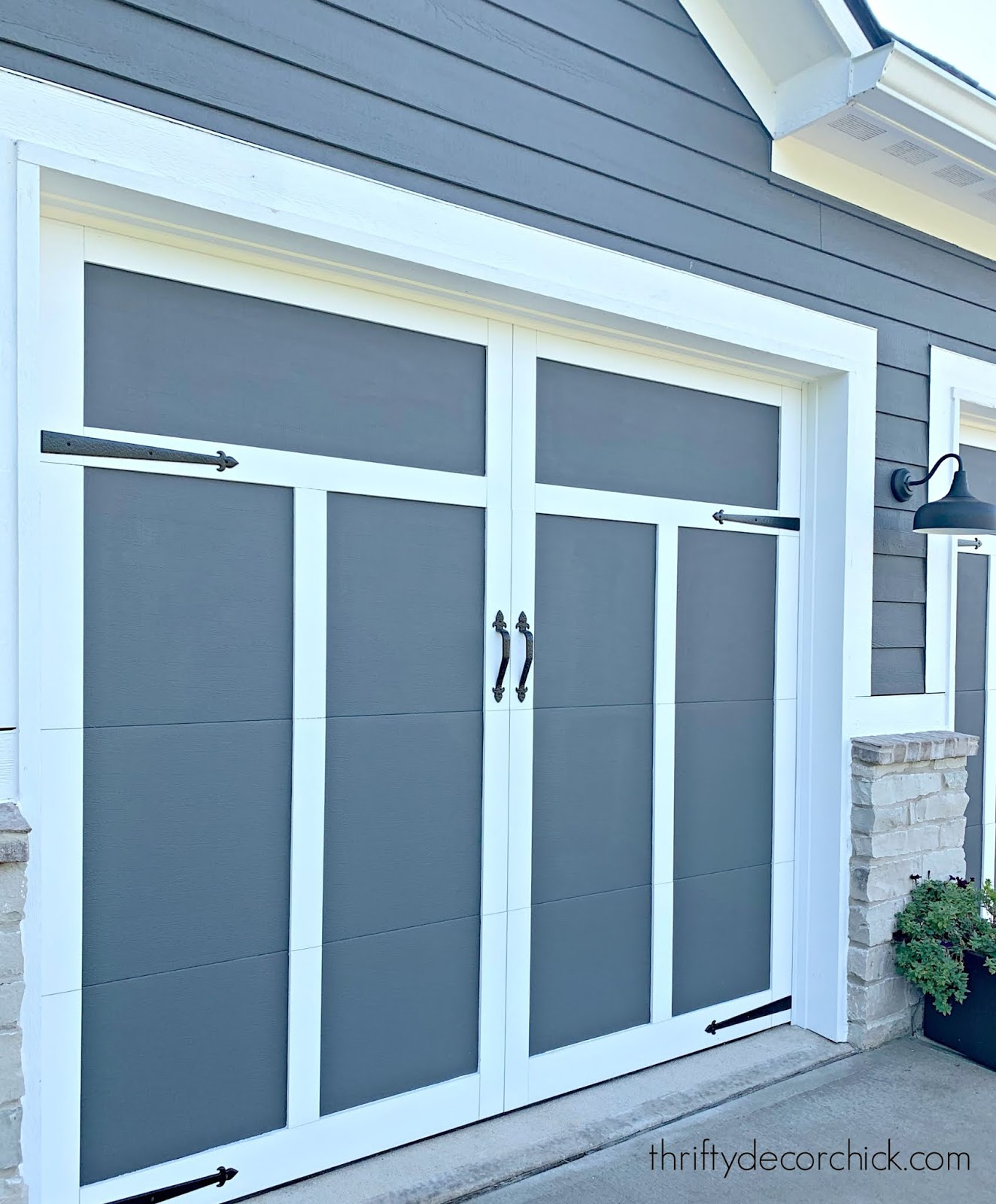 Somerset garage door design with hardware
