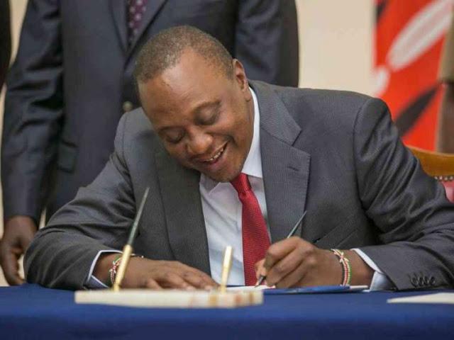 Uhuru Kenyatta Signs 2019 Finance Bill Into law.
