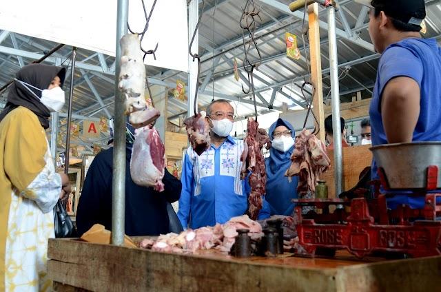 Kunjungi Pasar Tagog Padalarang, Komisi II Sidak Harga Bahan Pokok dan Serap Aspirasi Pedagang