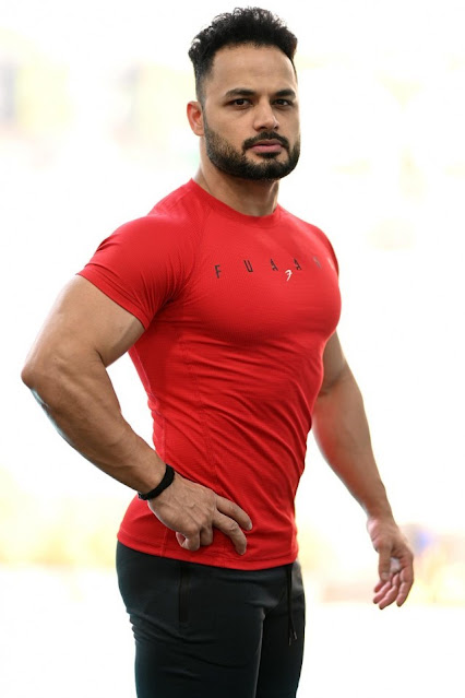 9 Best GYM Workout Shirts for Men