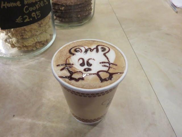 Bear latte art at Beanhive Coffee on Dawson Street in Dublin Ireland