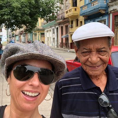 Pepa de los mares y el maestro Alfonso Aldama en La habana