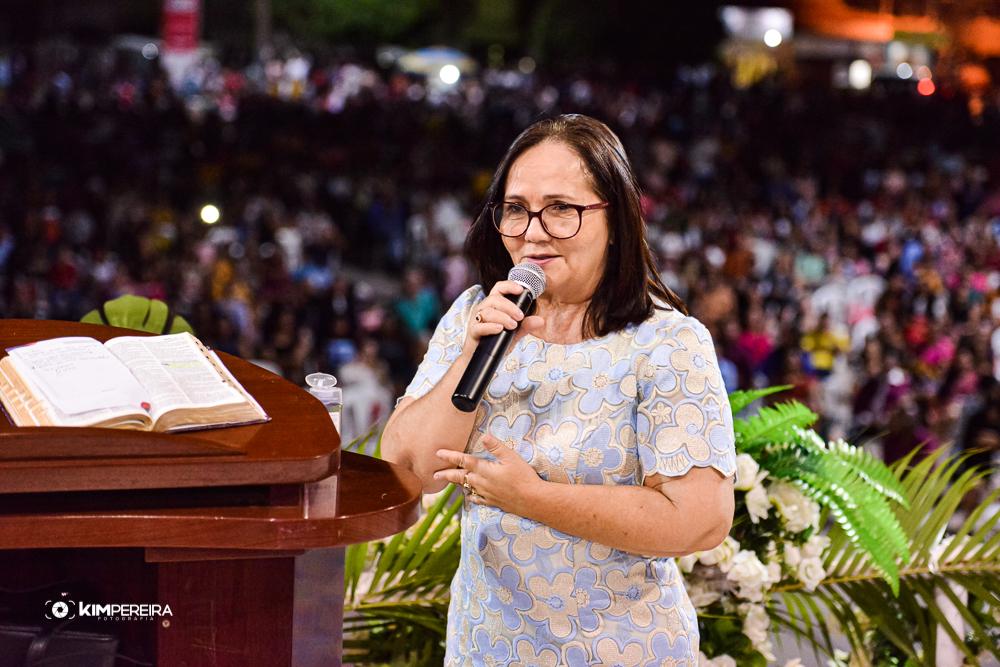 Culto em Ação de Graças celebra vitória de Belezinha (PL) eleita prefeita de Chapadinha