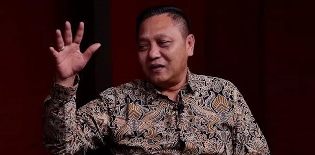 Sindir Yandri, Adhie Massardi: Orang Yang Sudah Berurusan KPK Di Kasus Bansos Kok Jadi Jubir Dana Haji