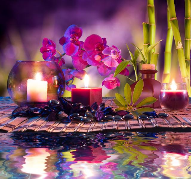 Свечи, камни и орхидеи