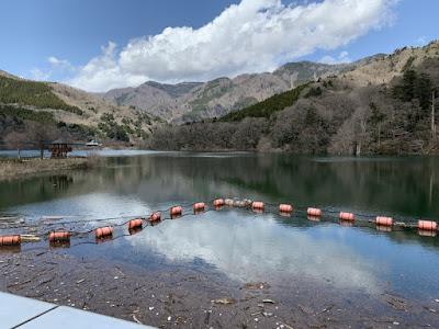 ダム湖(塩原湖)