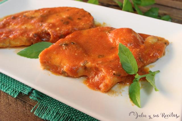 Julia y sus recetas emperador con salsa de tomate a la for Cocinar emperador
