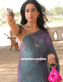 Bollywood actress Mahie Gill Baby and Boyfriend - माही गिल ने खोला २साल की बाच्ची और बॉयफ्रेंड का राज