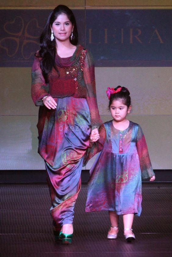 Model Baju Batik Ibu dan Anak Paling Populer  gebeetcom