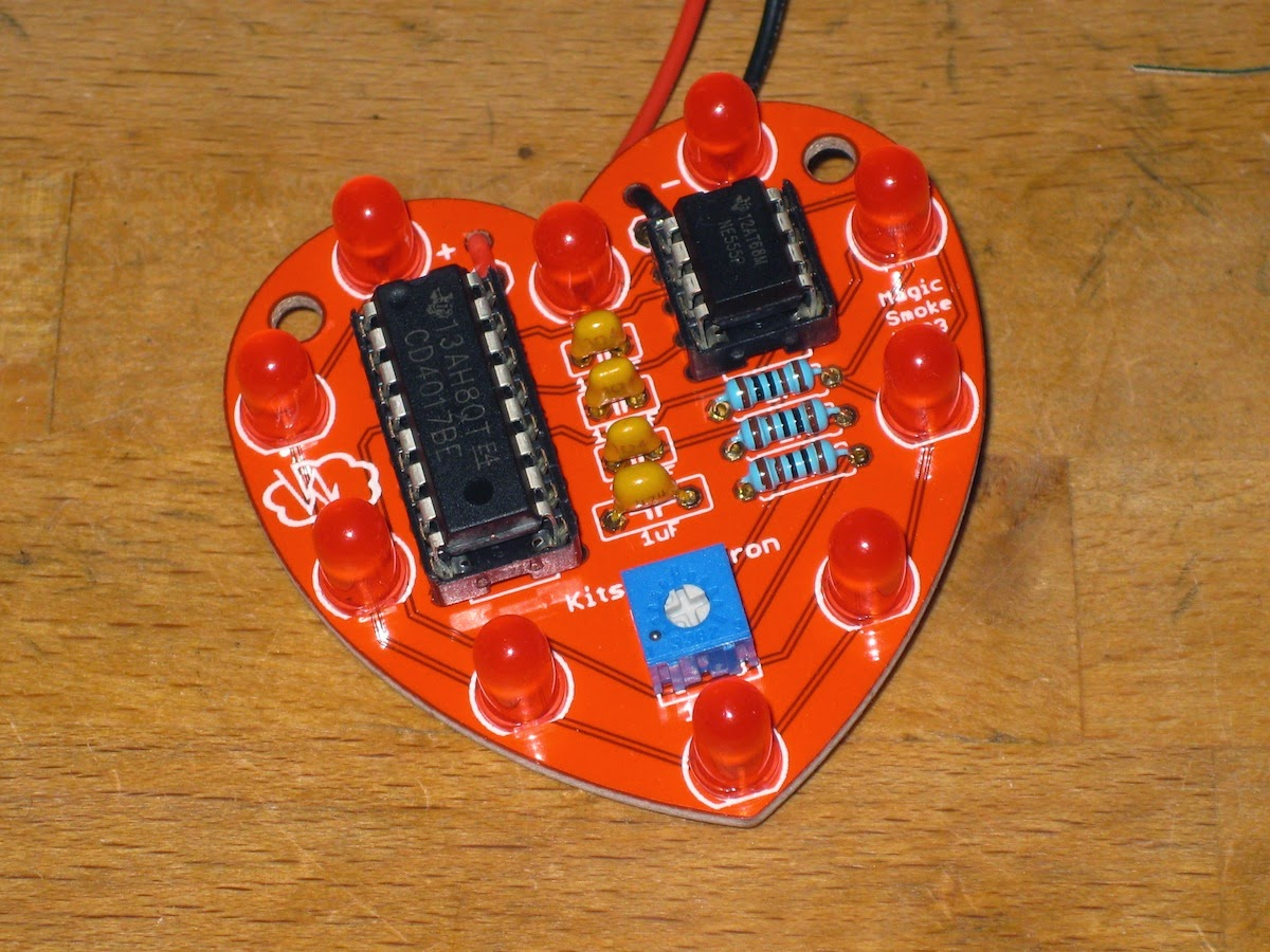 Magic Smoke Heart Valentine Led Chaser Below Is A Front View Of The Completed All It Needs Now Battery