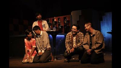 Pertunjukan Teater Riau Beraksi BeNGAK Kebohongan di Mana-mana