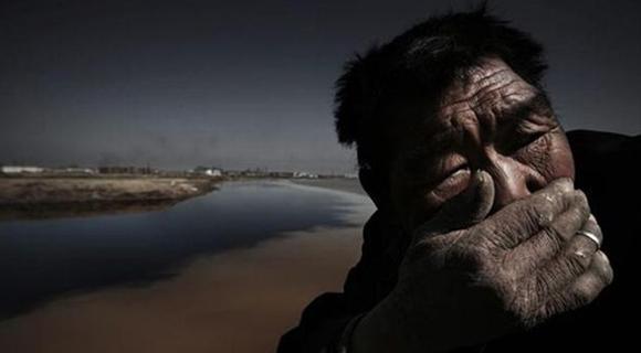Cuando la contaminación crece teriblemente, la élite respira aire purificado