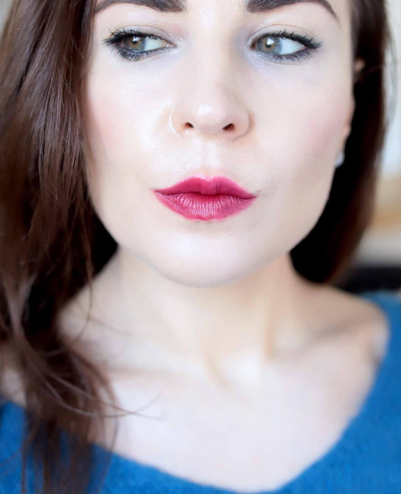 Kosas Weightless Lip Color Darkroom avis