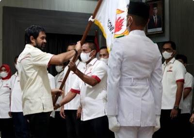Muzakir Manaf  Melantik  kepengurusan KONI Banda Aceh