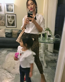 Actor Ali Safina gorgeous Pictures with his Wife and daughter