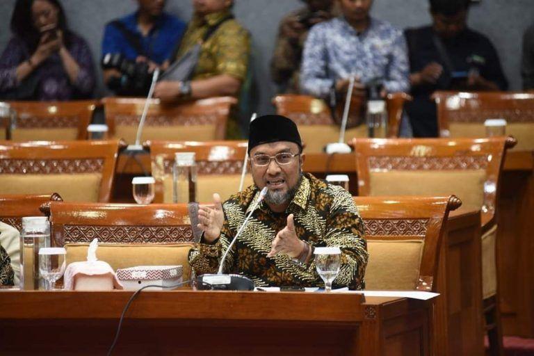 Aleg PKS: Jangan Coba-coba Hilangkan Pendidikan Agama!
